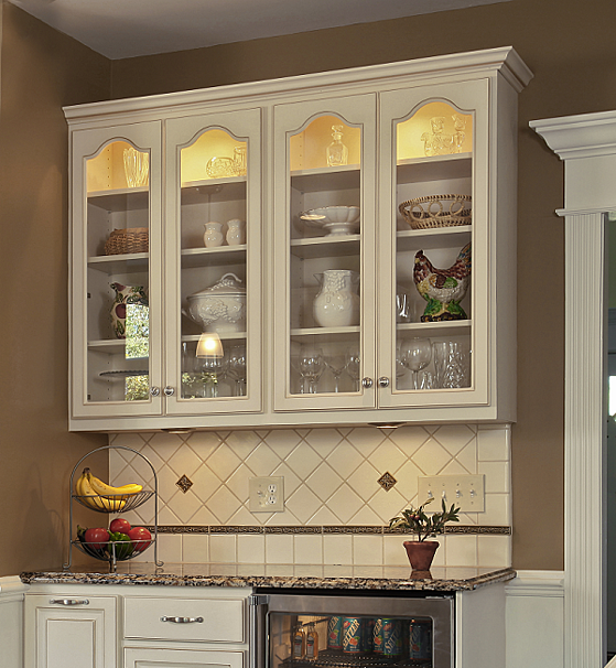 Crown Molding In Kitchens: 3 Ways To Enhance Your Kitchen With Crown Molding