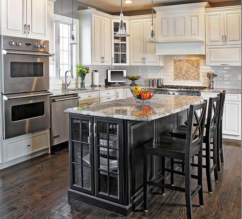 How To Make A Small Kitchen Look Good With Black Cabinets
