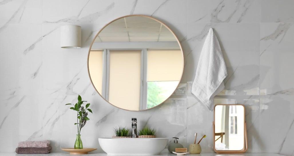 white-bathroom-sink-and-backsplash