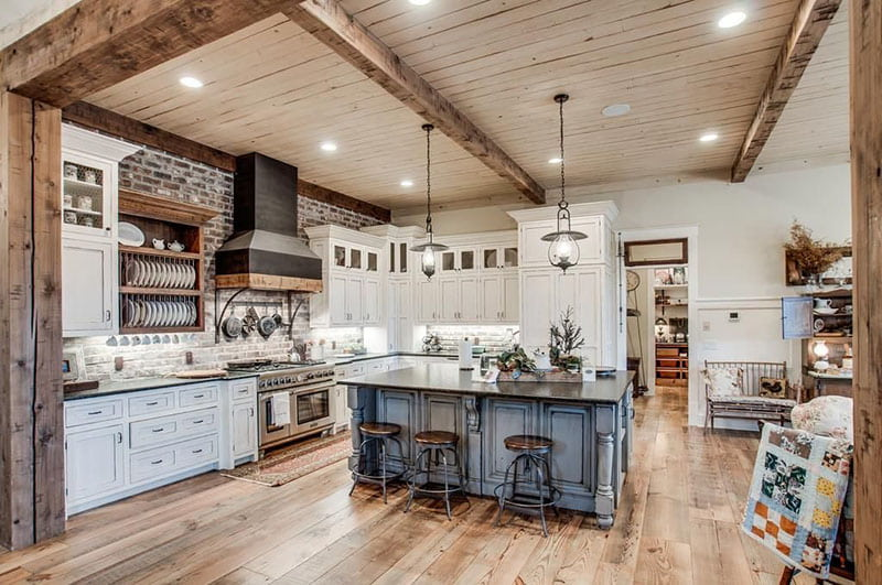 Miley Cyrus' Kitchen