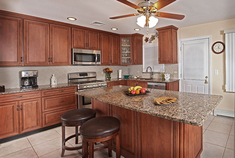 What is the average Kitchen size?