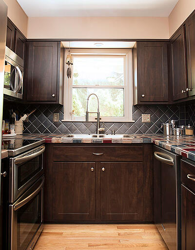 small galley kitchen with shaker cabinets - Average Kitchen Size