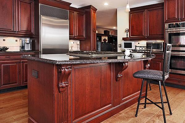 Traditional Cherry Kitchen Design