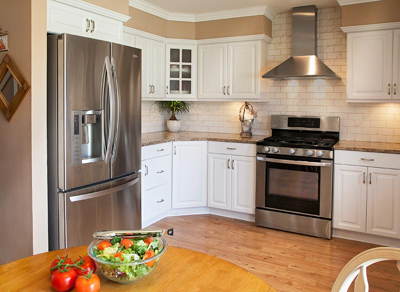 Best Kitchen Wall Colors for White Cabinets