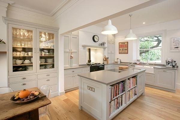 Traditional English Kitchen Design