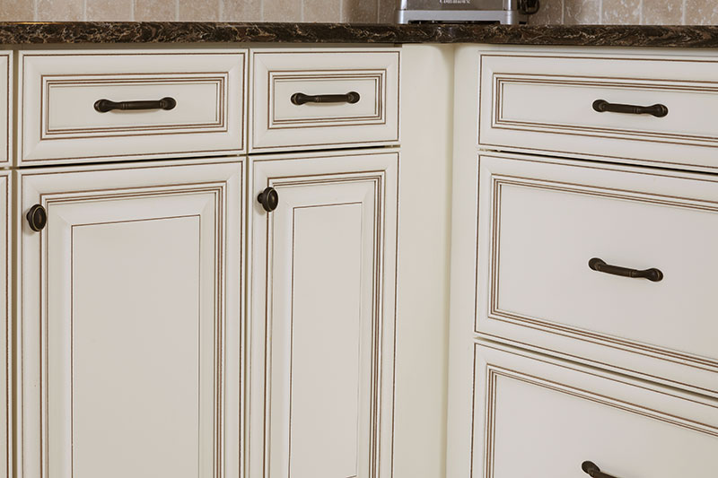 White Cabinets with Pinstriping Glaze
