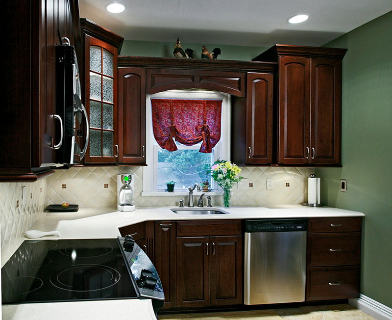 Classic Cherry Cabinets