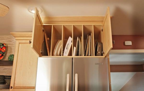 Tray divider cabinet storage