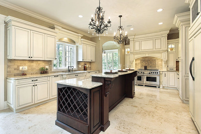 Traditional Kitchen in Neutral Colors