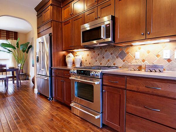 Is Cabinet Resurfacing the Same Thing as Cabinet Refacing?