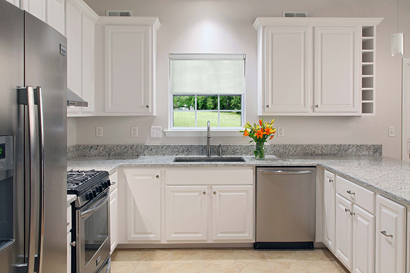 small kitchen design to look big