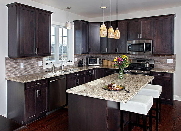 Timeless Kitchen with Shaker Cabinets