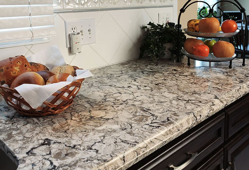 Traditional Kitchen Countertop Edge
