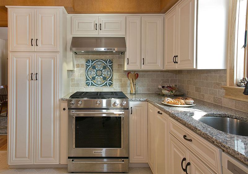 Kitchen Design Backsplash Focal Point