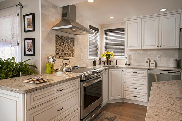 Monochromatic Kitchen Design with a Warm Cabinet Glaze