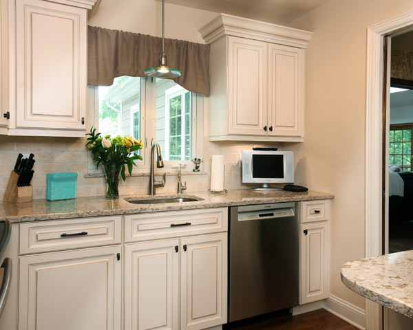 White Kitchen with Valence Window Curtains