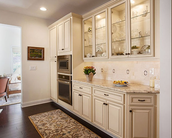 Antique White Kitchen Cabinets with Glass Doors and Lighting