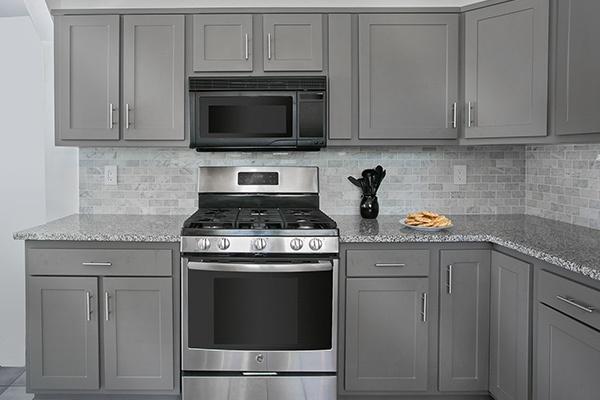 Gray Shaker Kitchen Cabinets