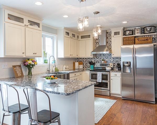 White Kitchen with Peninsula