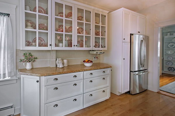 White Glass-Front Kitchen Cabinets