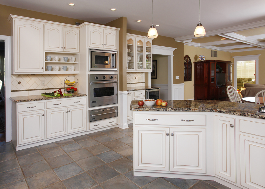 Is Refacing Cabinets Really Cheaper?