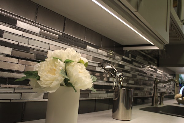 Under Cabinet Lighting and Glitter Grout Backsplash