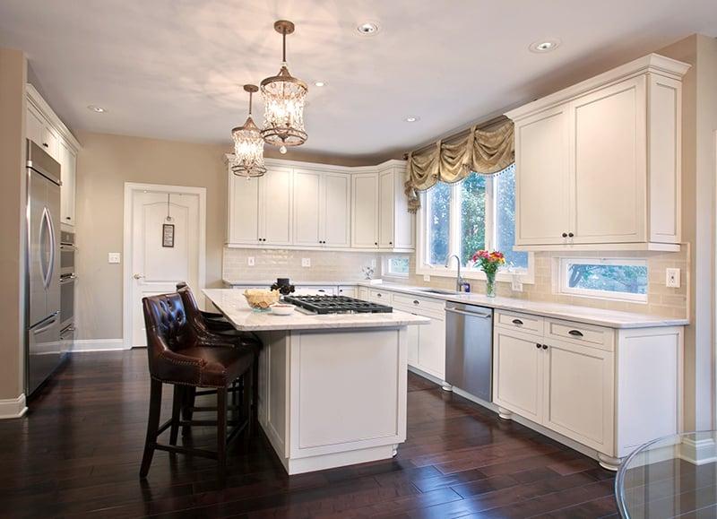 white kitchen cabinet refacing