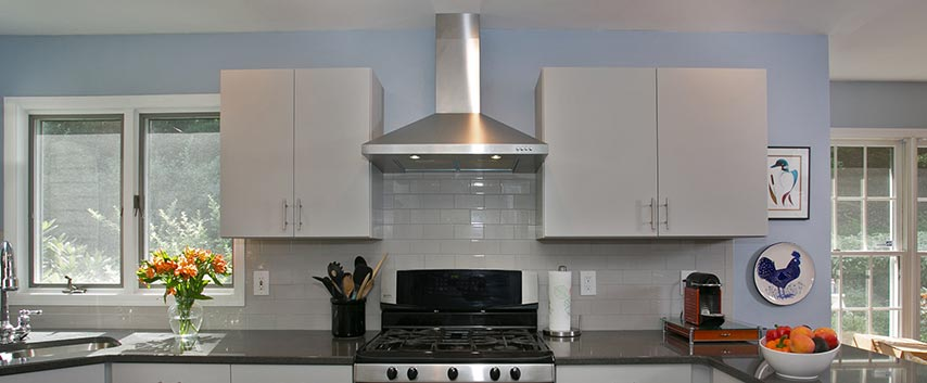 kitchen-range-hood-feature