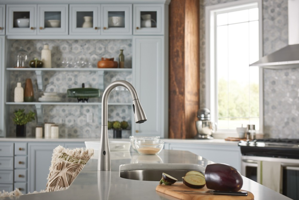 kitchen-magic-blog-touch-free-technology-for-your-kitchen