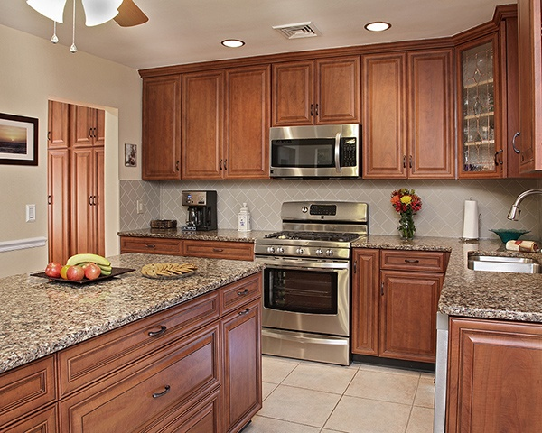 Neutral Wall Color That Goes With Cherry Cabinets