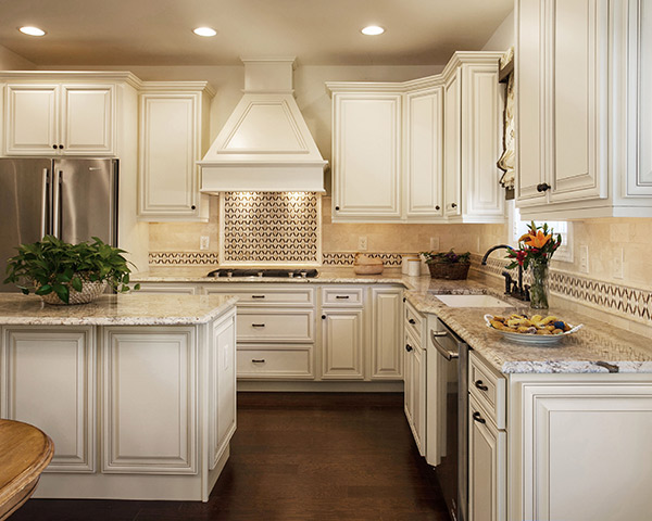 10 Kitchen Transformations That We Only Changed The Cabinets Updated