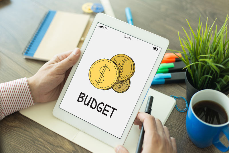 7 Reasons Kitchen Remodels Go Over Budget